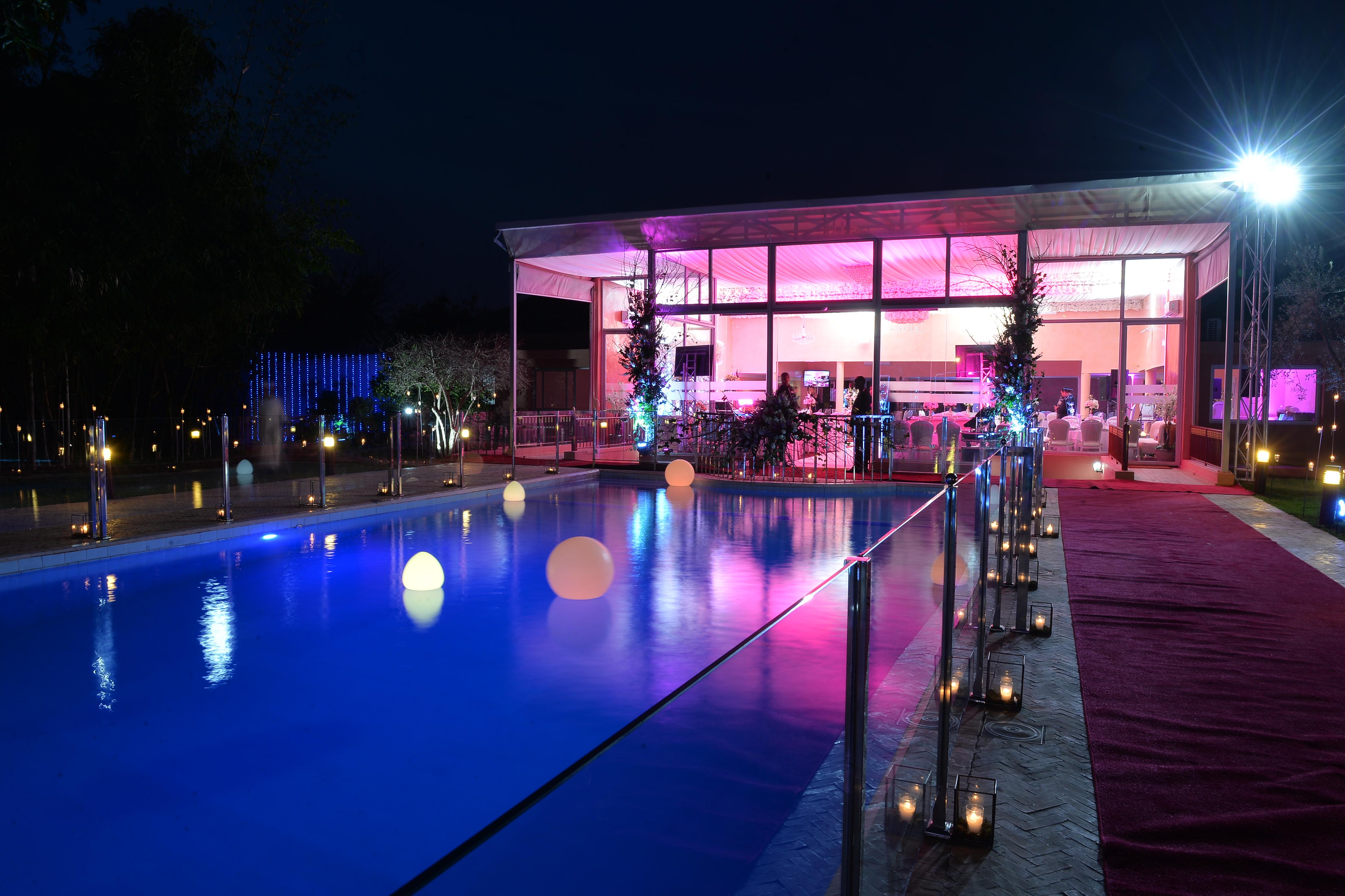vue piscine Villa Laarissa