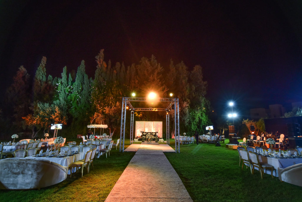 wedding -outside Villa Laarissa